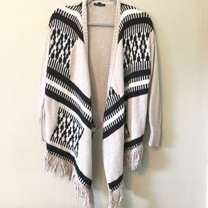 American eagle outfitters Aztec print sweater